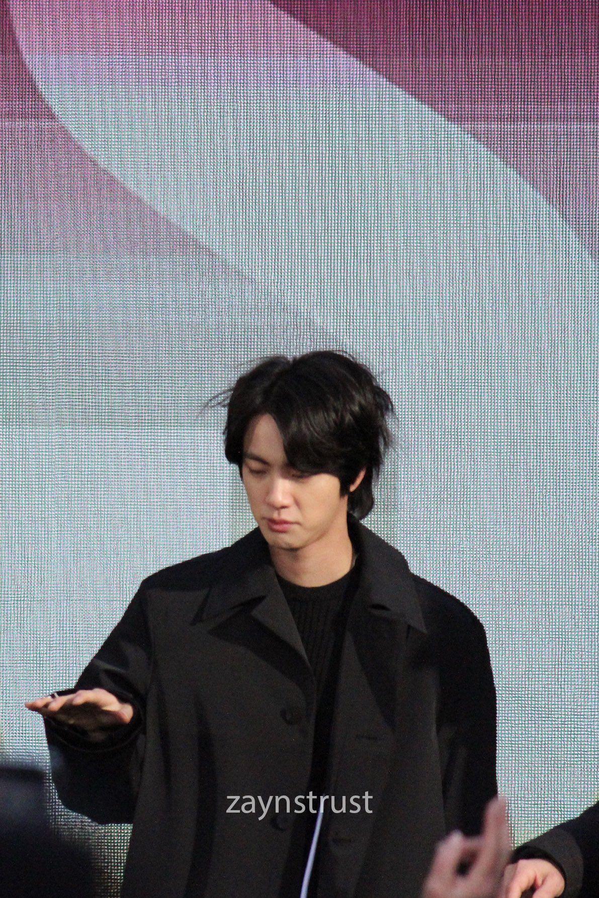 Mira On Twitter In 2020 Boys Long Hairstyles Bts Long Hair Styles Men