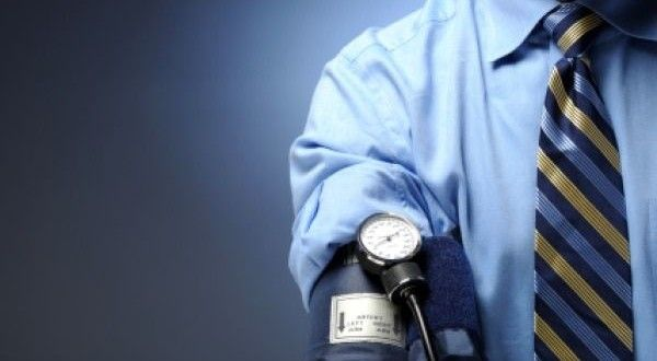 """11 """"must know"""" home remedies to lower high blood pressure for a healthy life!"""