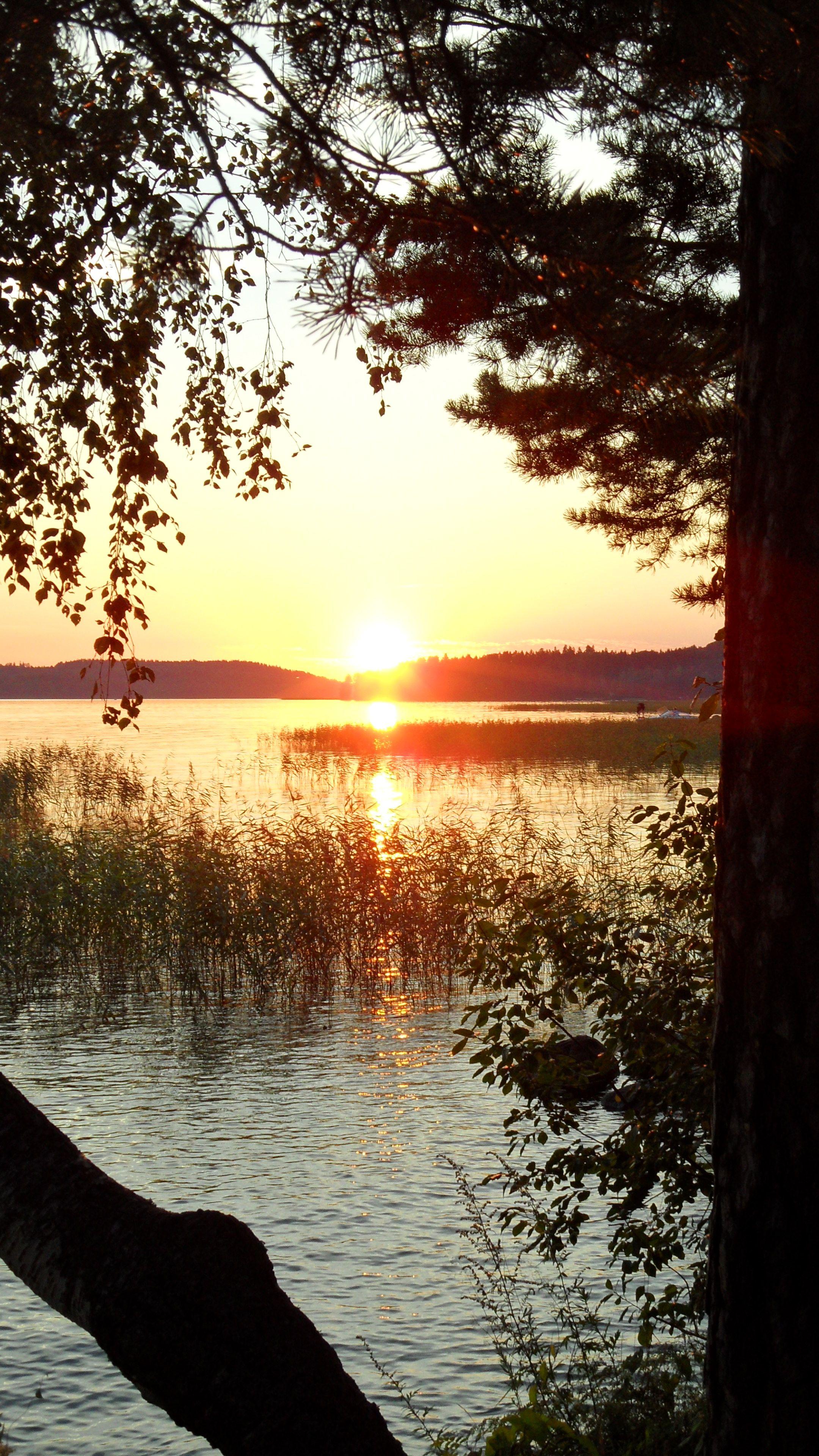 Auringon lasku Vesijärvellä