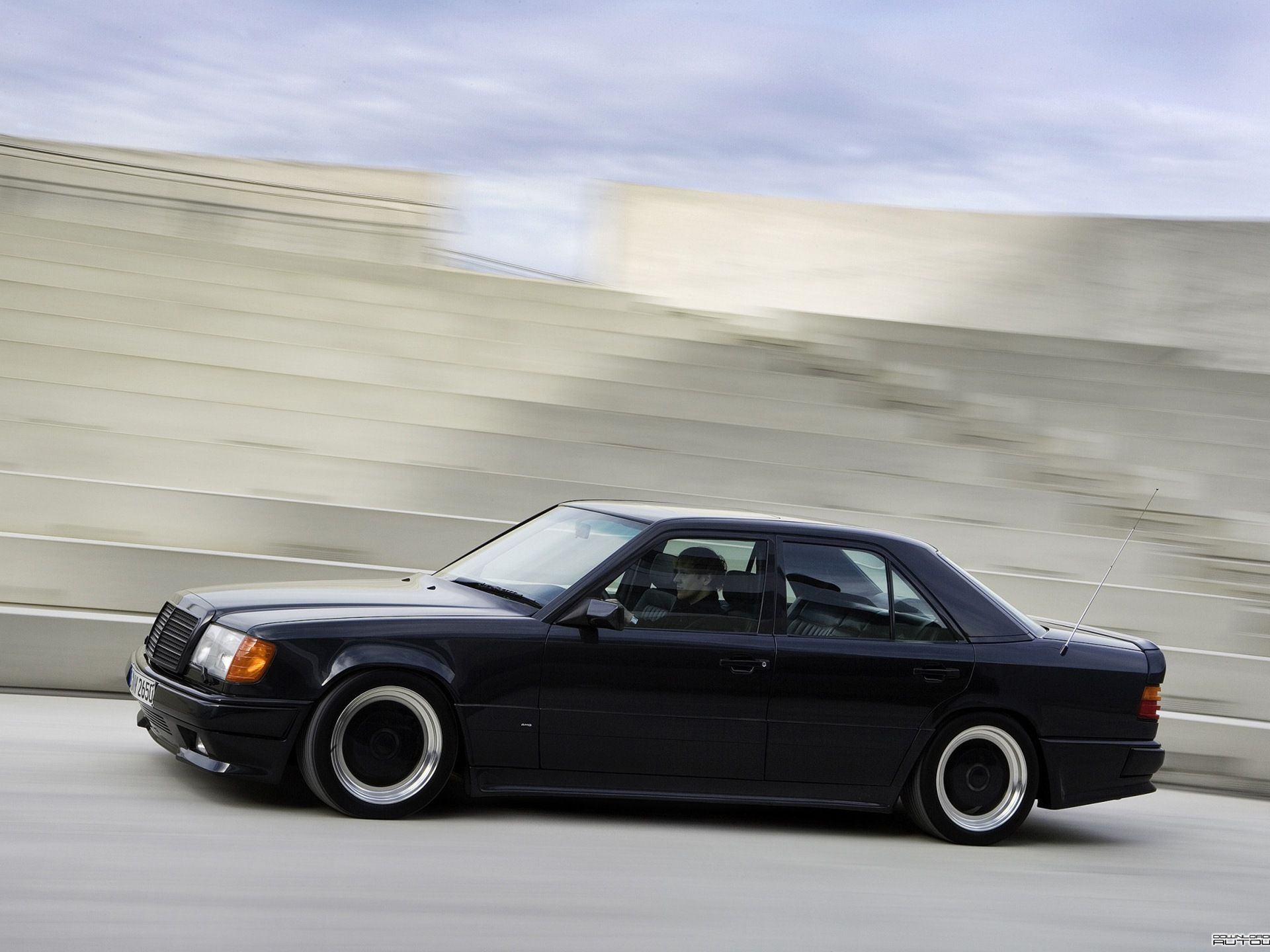 W124 Amg Hammer 6 0 Mercedes Benz Amg Mercedes W124 Mercedes