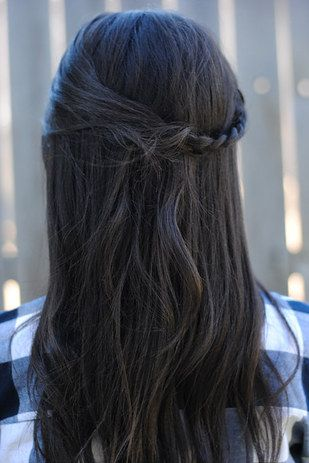I realized that a) I am terrible at braiding and b) things that look good on Pinterest are impractical IRL. | What Happened When I Lived According To The Pinterest Popular Page