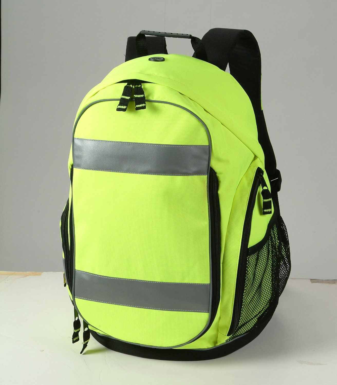 "BP6501 BACKPACK DIMENSION 13.5""(W)X 9.5""(D"