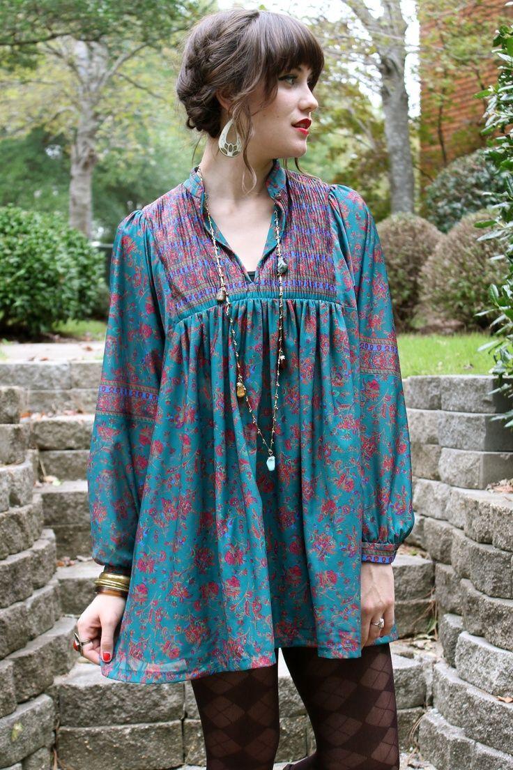 Beautiful vintage blouse long sleeved boho 60s 70s