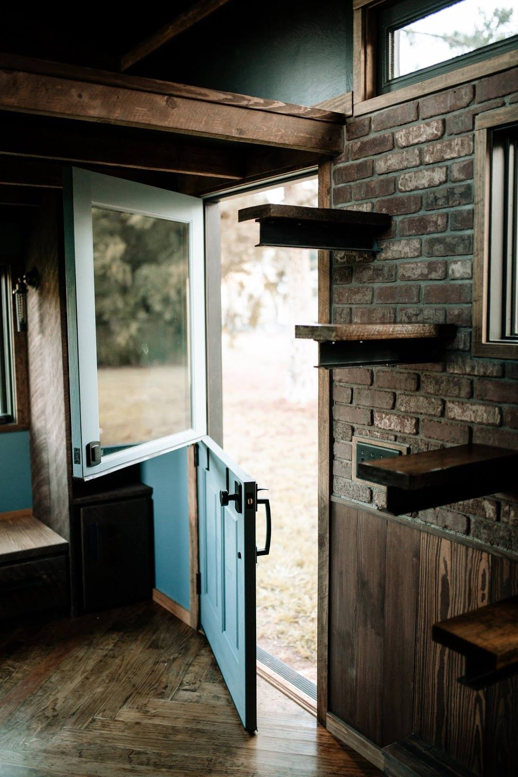 The Rook An Industrial Chic Tiny House Deigned And Built