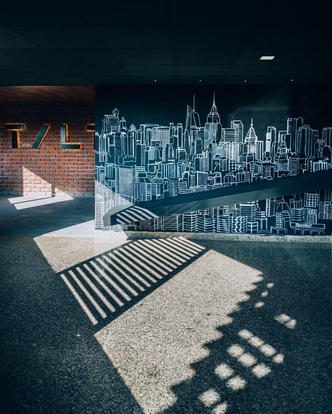 For a city that shines, here is a shower of gold! ⠀⠀⠀⠀⠀⠀⠀⠀⠀ .⠀⠀⠀⠀⠀⠀⠀⠀⠀ .⠀⠀⠀⠀⠀⠀⠀⠀⠀ .⠀⠀⠀⠀⠀⠀⠀⠀⠀ .⠀⠀⠀⠀⠀⠀⠀⠀⠀ . #decordetails #decorgoals #decortrends #decortips #decorindia #interiorstyles⠀⠀⠀⠀⠀⠀⠀⠀⠀ #interiordesignersofinstagram #interiorspace #livingroomdesign #inspirationaldesign #designmagazine #designstyle #designtrends #interiorblog⠀⠀⠀⠀⠀⠀⠀⠀⠀ #decor #decordesign #thedelightofdecor #prettylittleinteriors #decodram