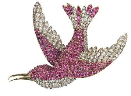 Brooch humming bird. An antique jewelled humming bird brooch - Wartski