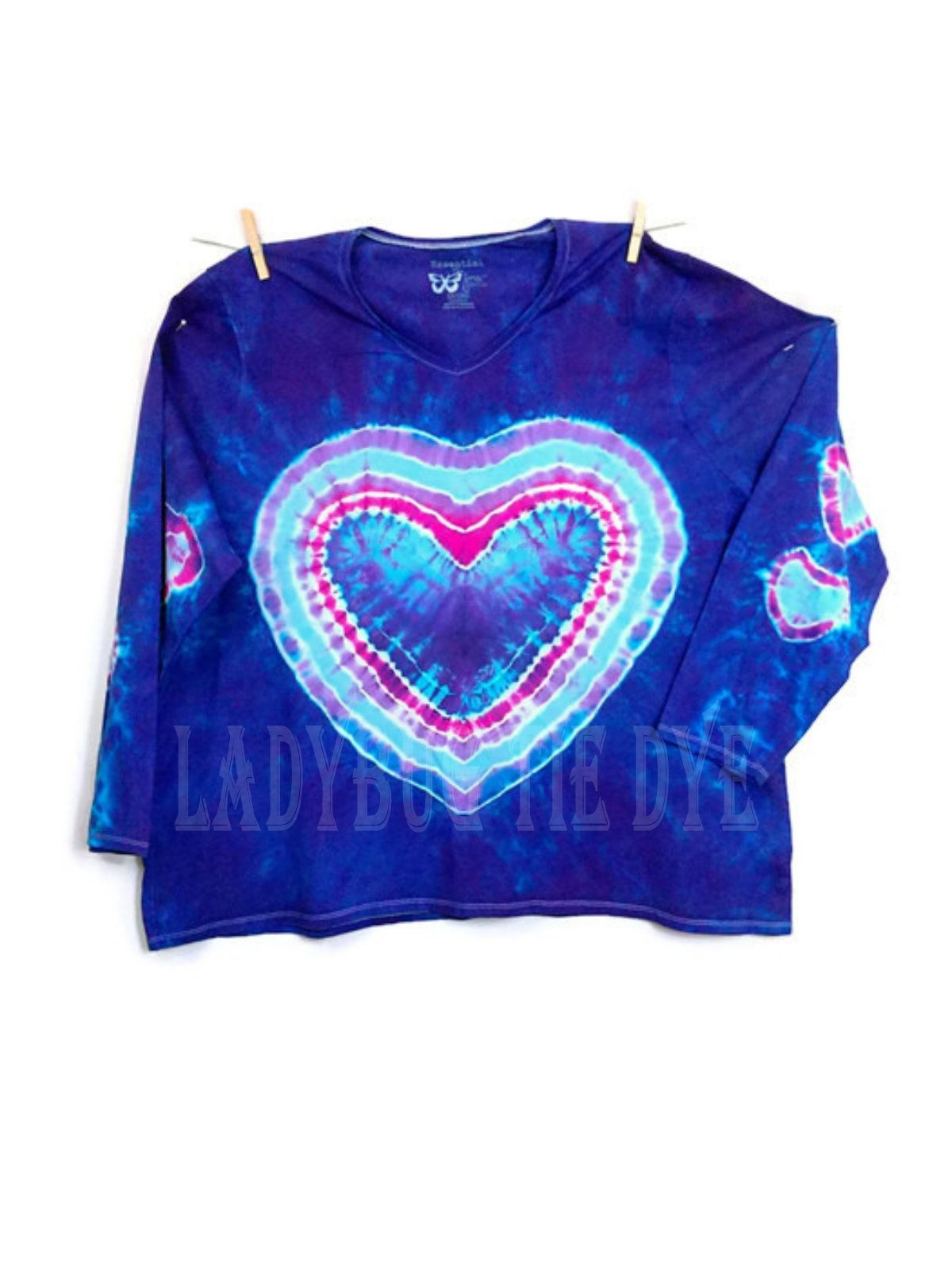 a1f1b9149 Plus Size Tie Dye Womens V-Neck Tshirt 5XLarge Long Sleeves Heart Tie Dye  Boho Hippie Top Blue And Purple 5XL Tshirt #womenslongsleeveshirt #hearts # tiedye ...