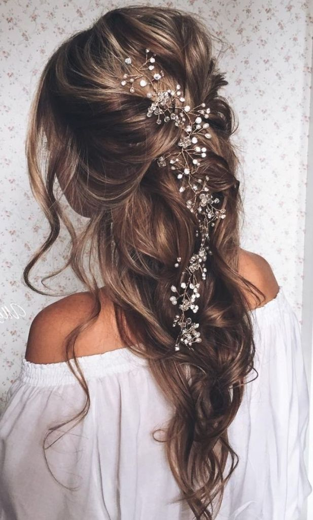 Loose Hair Updos Wedding 40 Stunning Half Up Half Down Wedding Hairstyles With Tutorial Long Hair Styles Bridal Hair Vine Loose Hairstyles