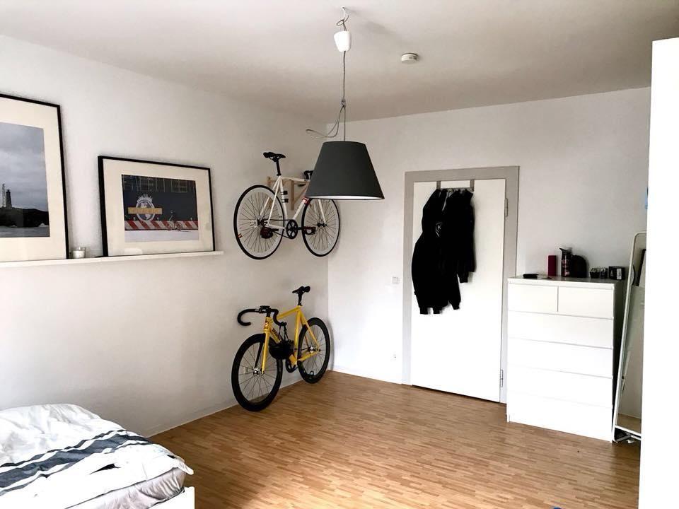 Coole Idee Um Fahrräder Im Wg Zimmer Zu Verstauen Helle Wände Und