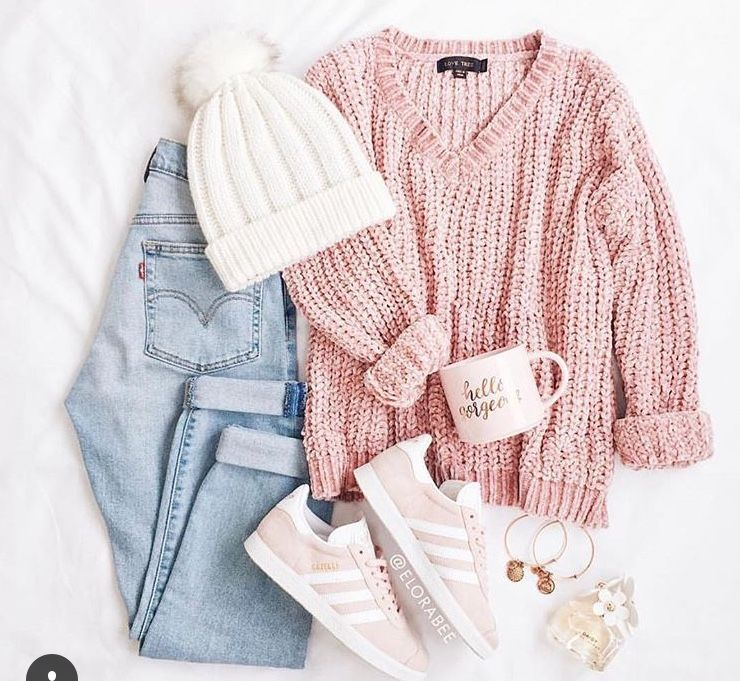 Tumblr Outfits On Instagram Pink Jumper Jeans Pink Superstars And White Pom Pom Hat Comfy Outfits Casual Outfits Clothes