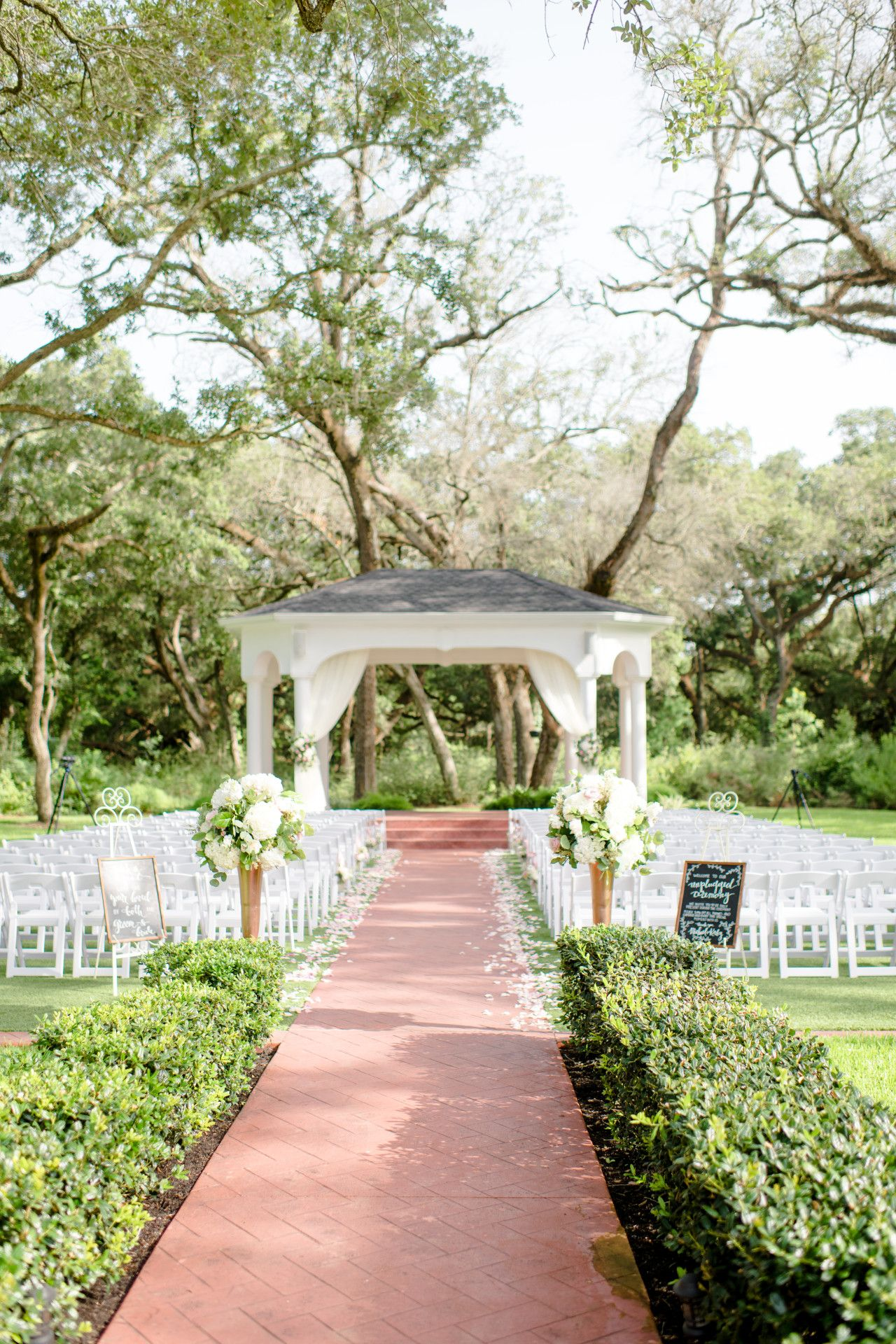 Luxury Outdoor Wedding Venue Elegant Outdoor Wedding Venue