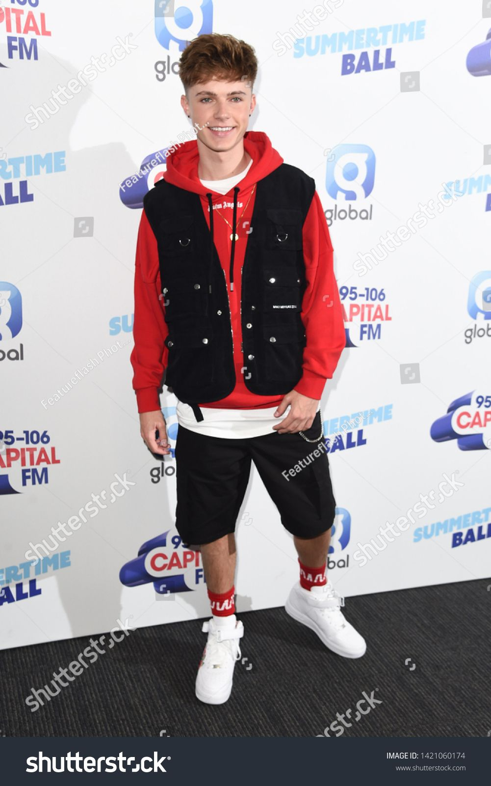 London Uk June 08 2019 Hrvy Poses On The Media Line Before Performing At The Summertime Ball 2019 At Wembley Arena London Rpict Photo Editing Photo London