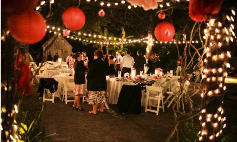 Llambias House Gardens Can Accommodate Up To 200 Guests So Smaller Or Slightly Larger Weddings And Receptions Fit Well