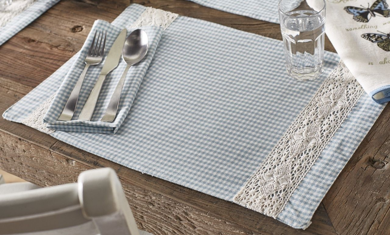 French Country Blue Gingham White Lace 2 Placemats 2 Napkins Set Matching Table Runner Also Available Placemats Country Cottage Decor Fabric Rug