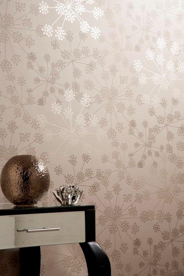 Sparkle Beige Floral Wallpaper - Flower Wall Coverings by Graham - wohnzimmer farben beige