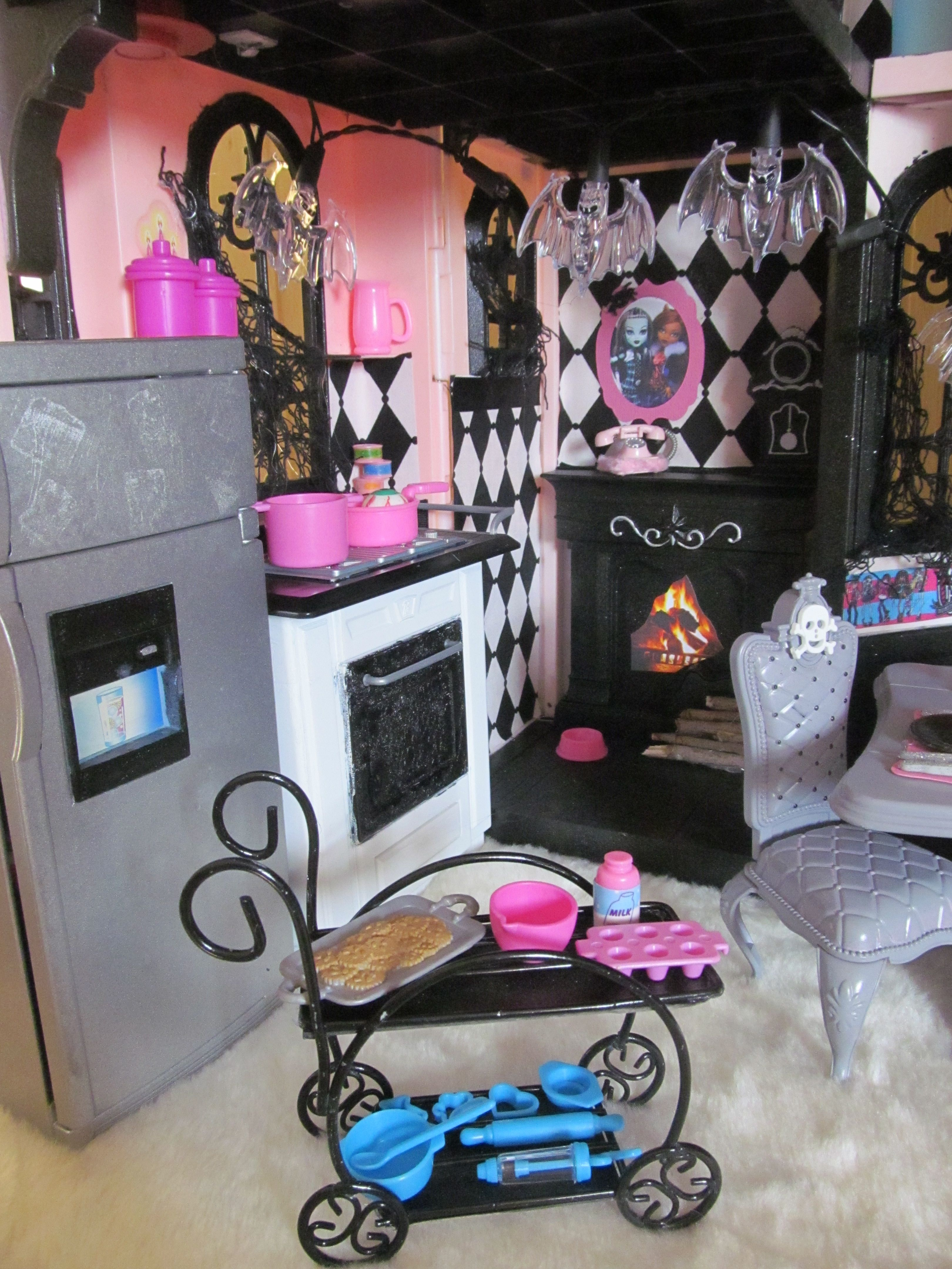 Doll Furniture For Sale Part - 23: Doll Stuff
