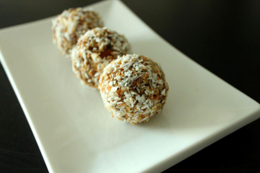 Yogi Date Balls - #GlutenFree and #vegan #recipe