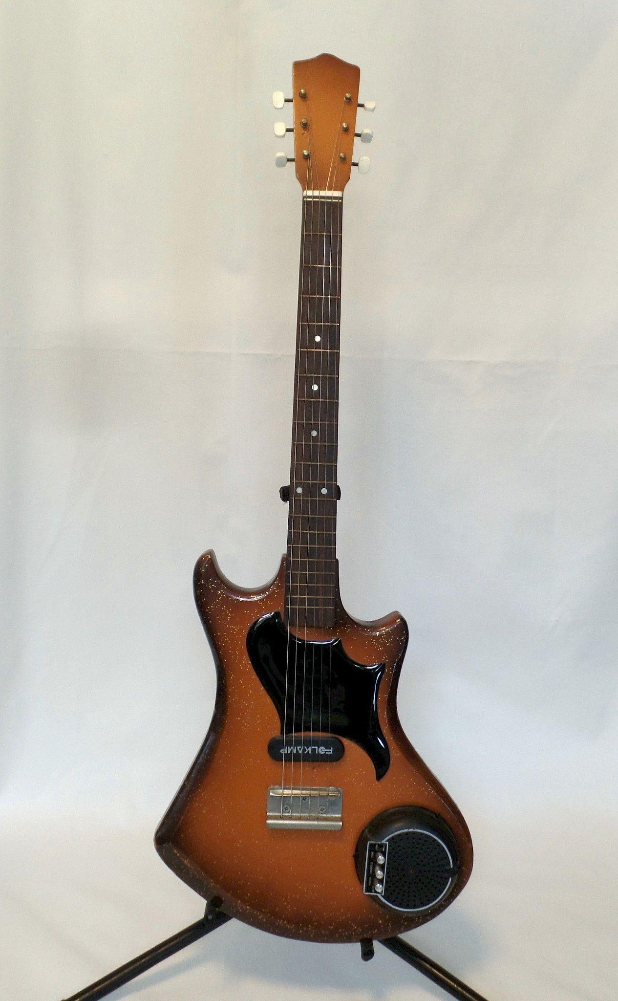 Huttl Folkamp Guitar Guitarage Nl Guitar Crazy Crazy Guitars In 2020 Guitar Guitar Design Electric Guitar