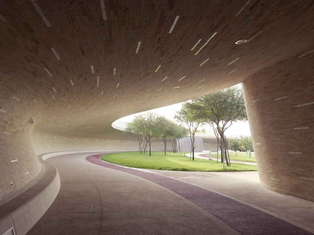 Oxygen Park Doorgang Tunnel Materialisatie Omgevingsaanleg Inkom Park Binnenbuiten Com Imagens Arquitetura
