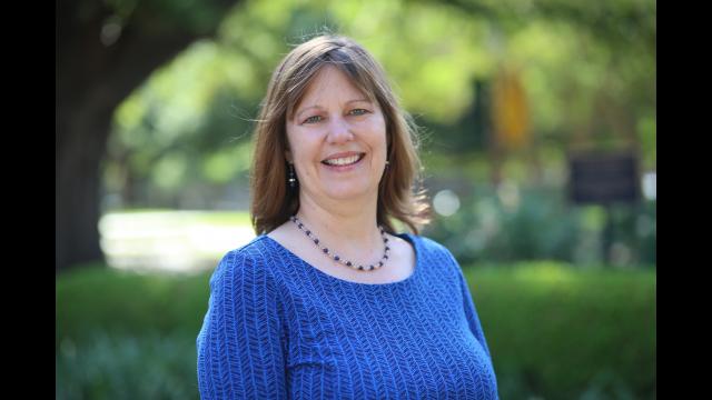 Two Baylor Professors Receive 2019 Centennial Professor