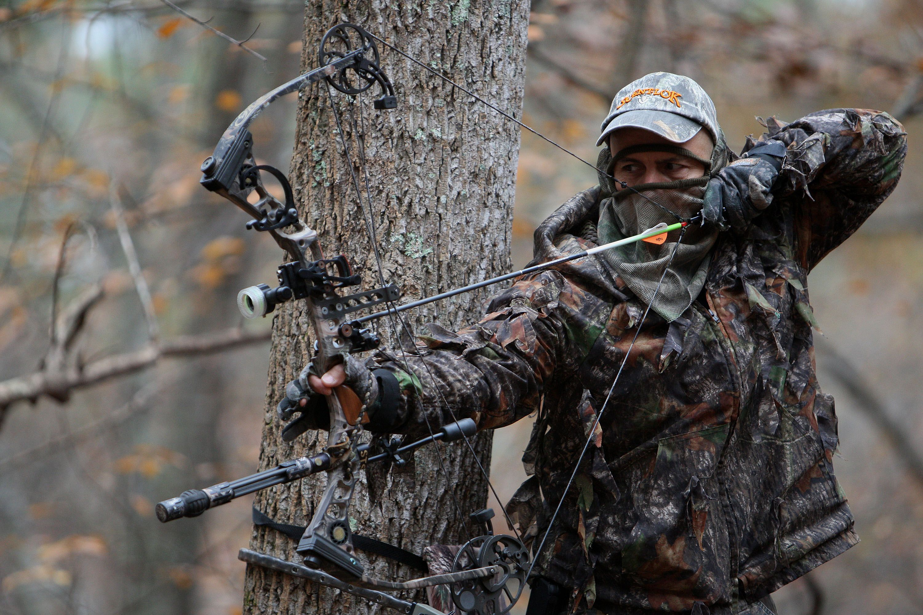 Bowhunting buscar con google archery and bowhunting for Compound bow fishing