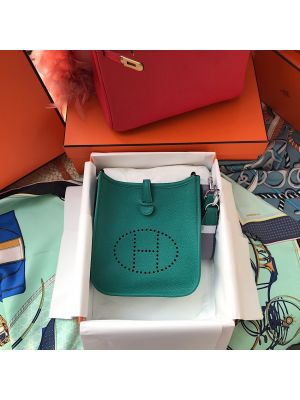 Photo of Hermes Evelyne Bag in Clemence leather Menthe