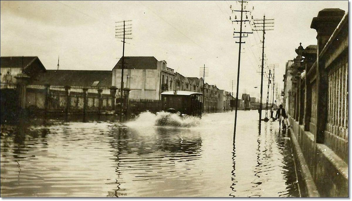 Av. Voluntários da Pátria, enchente de 1928. Cidade de