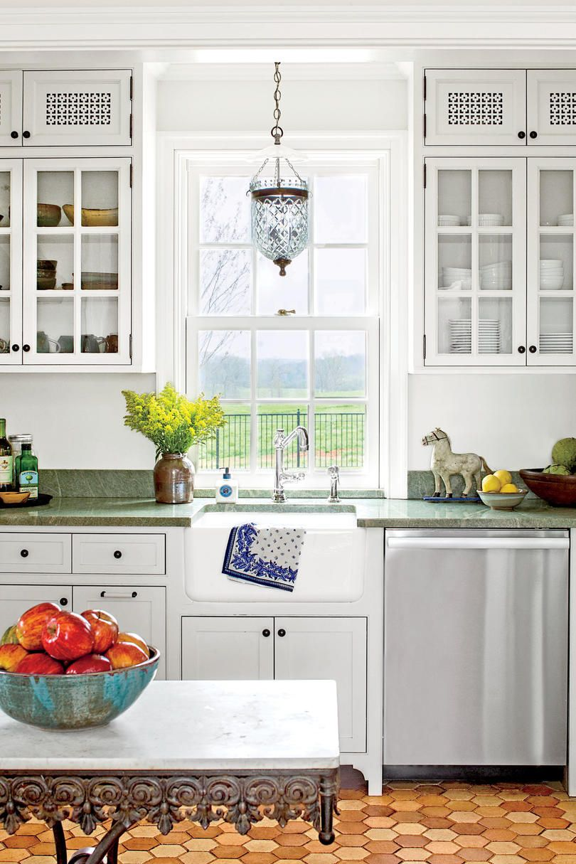 small traditional white kitchens