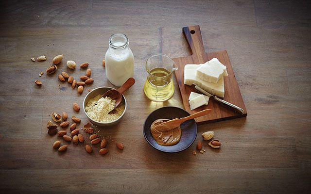 Almonds are an amazing source of vitamins and antioxidants! Here are some affordable ways to add them to your diet!