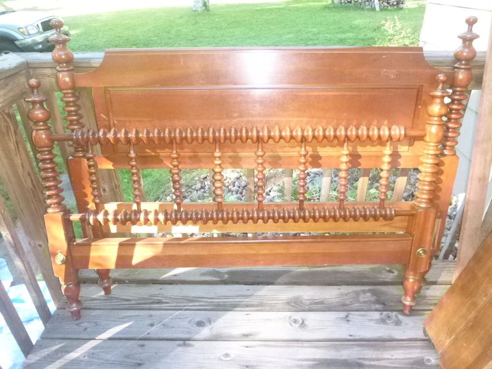 Antique Willett Solid Cherry Jenny Lind Spool Bed .Headboard Footboard  Siderails