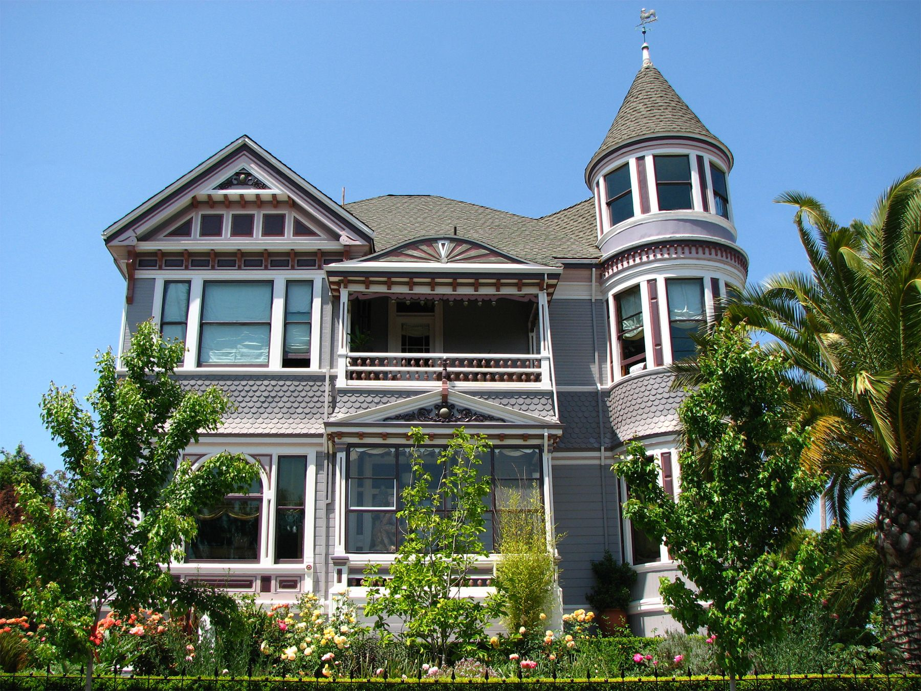 It Might Be Fun To Live In An Old Victorian Especially Since It S
