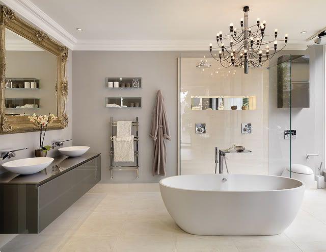 10 moderne badkamers | Éénig Wonen lichtgrijze muren zonder tegels ...