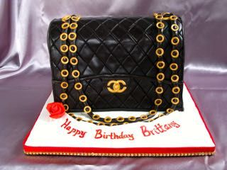 be17e6fcc94c chanel purse cake