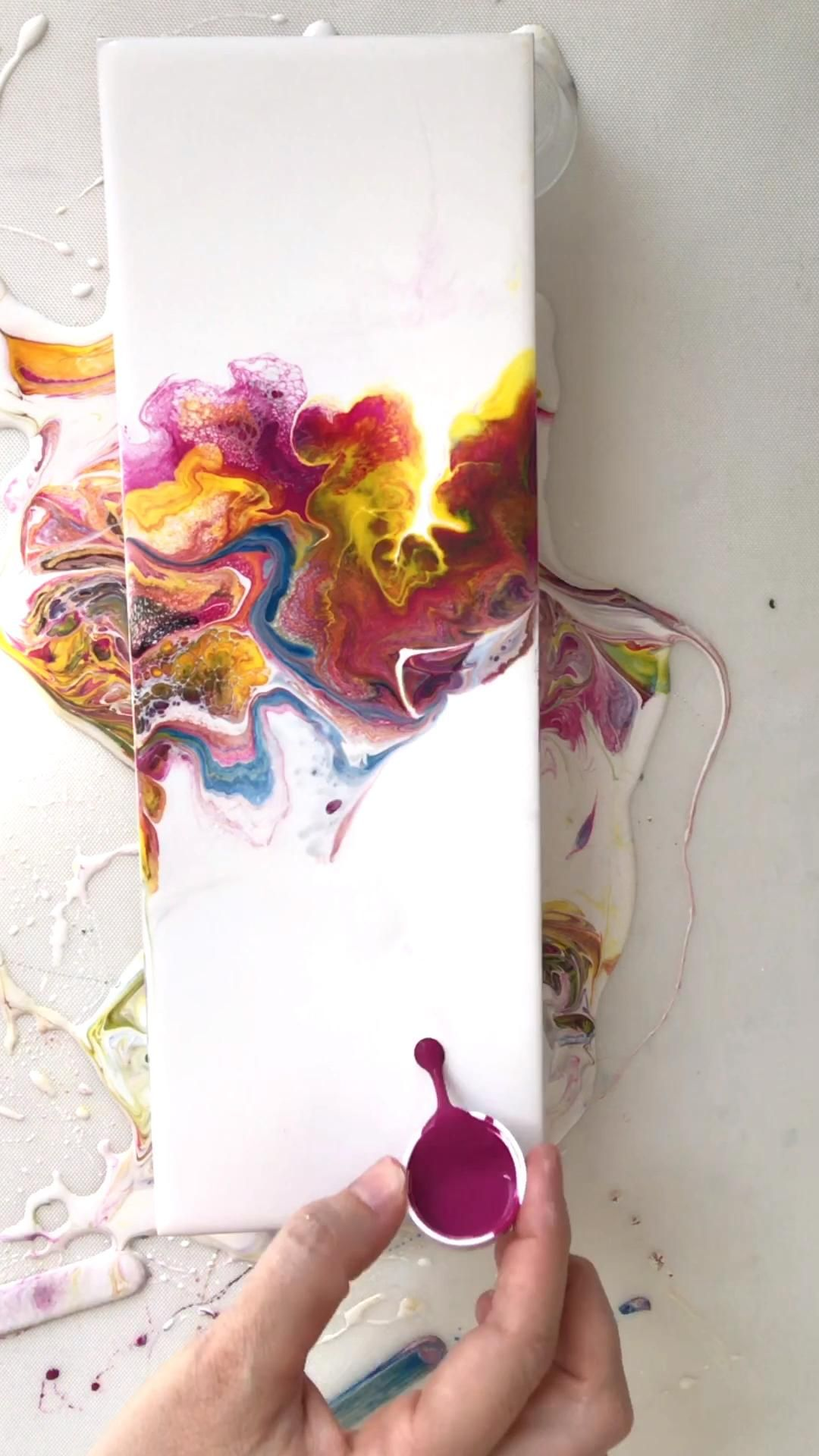 Acrylic Paint Pouring - Dutch Pour