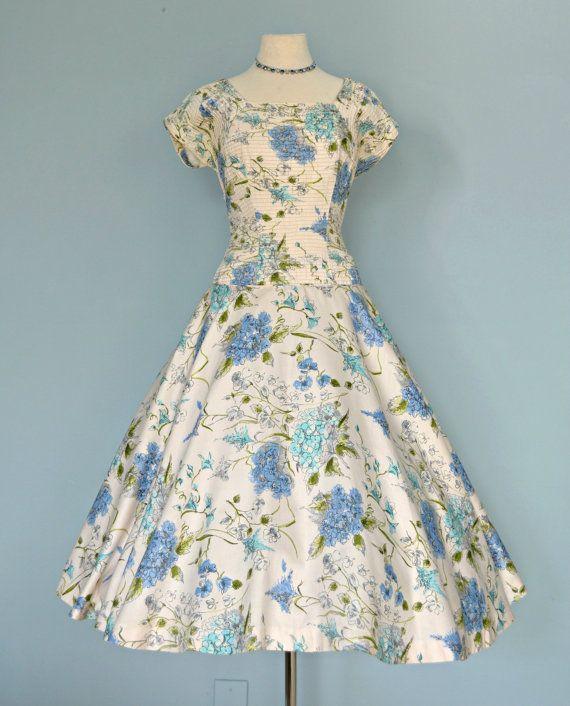 Vintage 1950s Party Dress...Beautiful Floral Print REICH