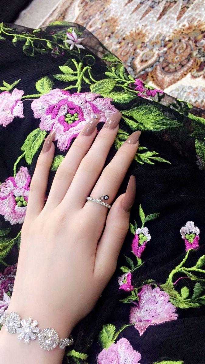 Girls Hand Girl Hand Pic Cute Girl Dresses Girls Hand