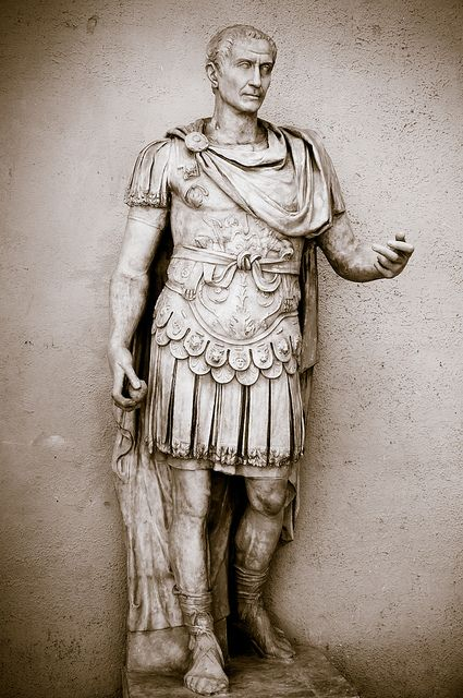 Julius Caesar (Ancient World Leaders)