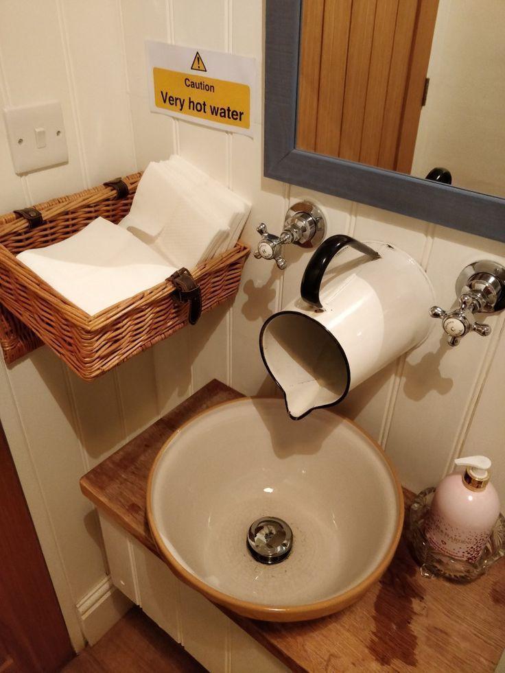 Badezimmerideen Rusticbathroomdesigns Badezimmerideen Rusticbathrooms Badezi In 2020 Rustic Bathrooms Rustic Bathroom Designs