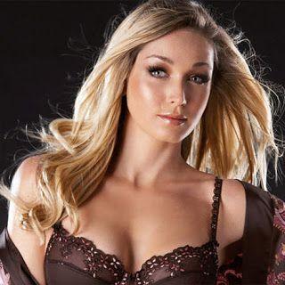 Do - Dutch singer | Female singers - Dutch | Top 10 hits, Dutch
