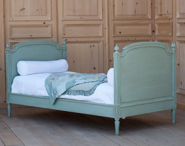 Swedish Andres Twin Bed Available Coachbarn Com Lends Royalty