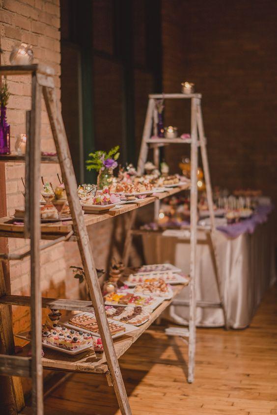 rustic wedding dessert ideas / http://www.deerpearlflowers.com/wedding-food-bar-ideas/2/