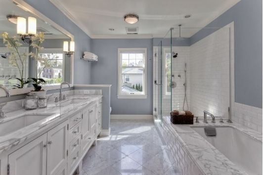 Simple White Marble Master Bathroom With Double Vanity Sinks 2c Jacuzzi Tub 2c Hide A Way Toil Bathroom Remodel Master Master Bathroom Design Bathrooms Remodel