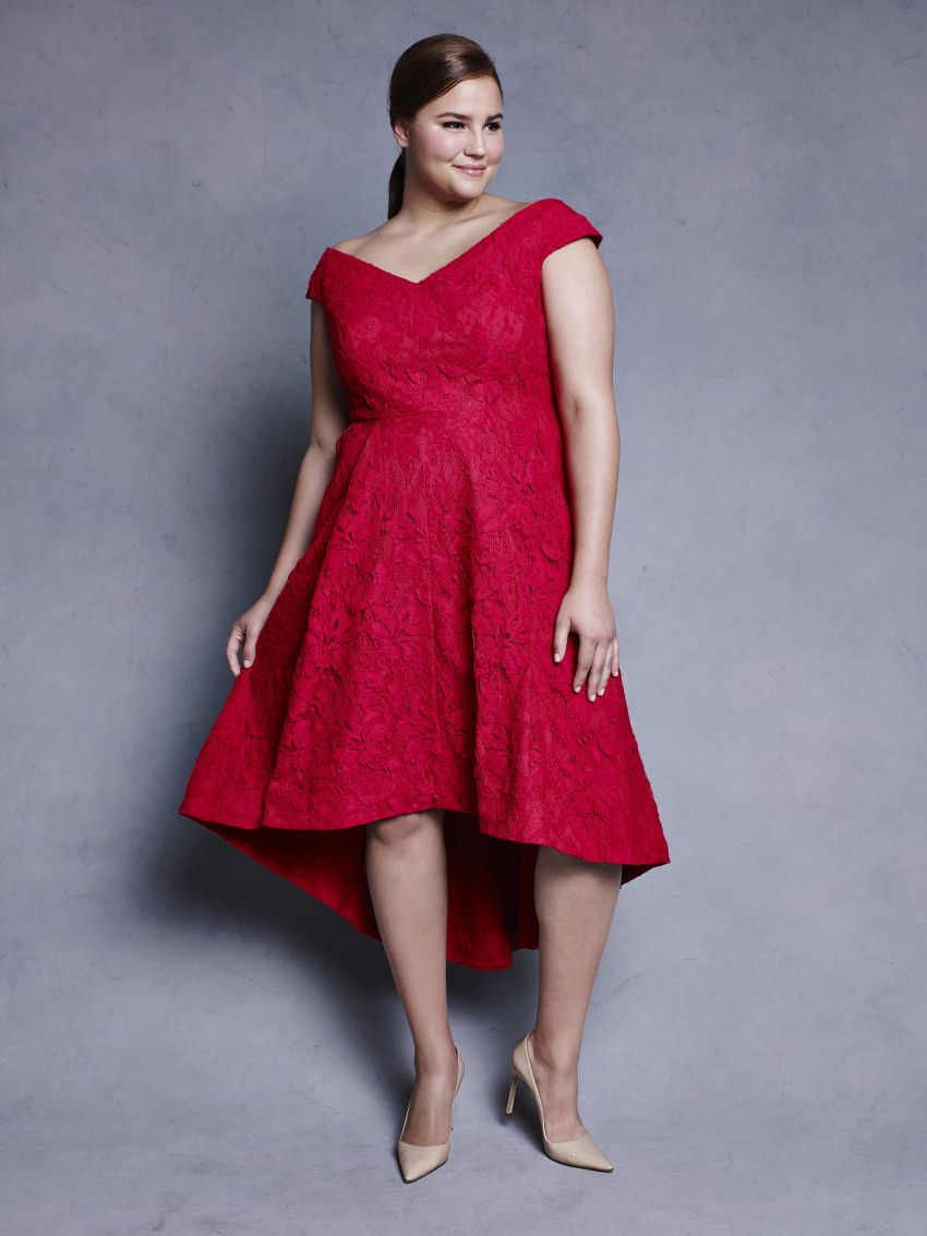 d320e60b74a Lela Rose Teams Up With Lane Bryant For A Holiday Collection ...