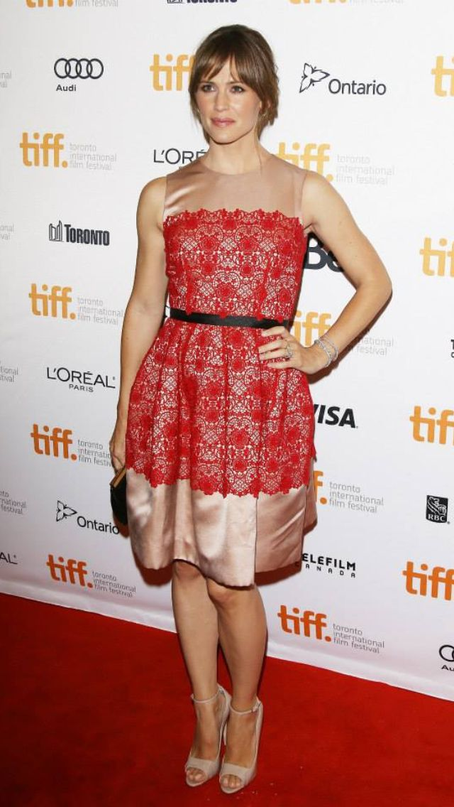 Jennifer Garner wearing Dolce & Gabbana
