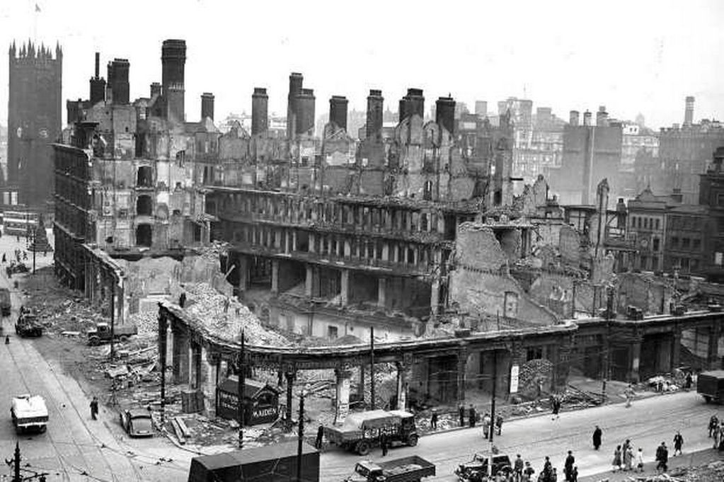 Christmas 1940 The Manchester Blitz Victoria building