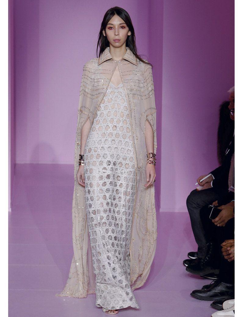 Haute Couture Printemps-Été 2016   50 robes de mariée qui nous font ... 3850127f02b