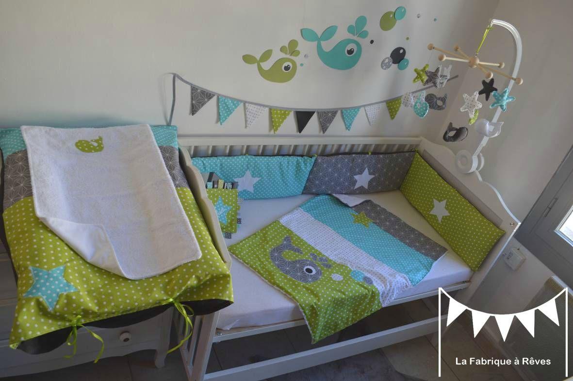 Décoration chambre enfant bébé baleine anis turquoise gris blanc
