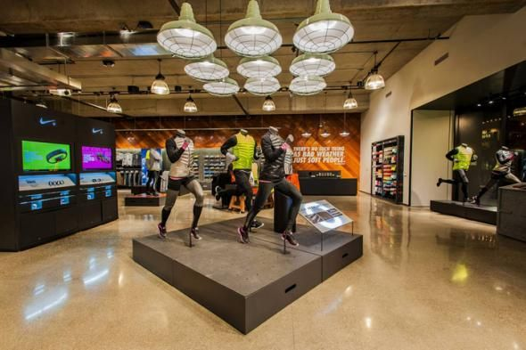 Corchete herramienta Extranjero  nike store u village   Nike, Seattle   Nike shoe store, Nike, Nike store