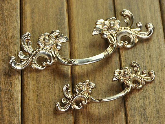 Shabby Chic Dresser Pull Drawer Pulls Door Handles Antique Silver / French  Country Vintage Furniture Cabinet