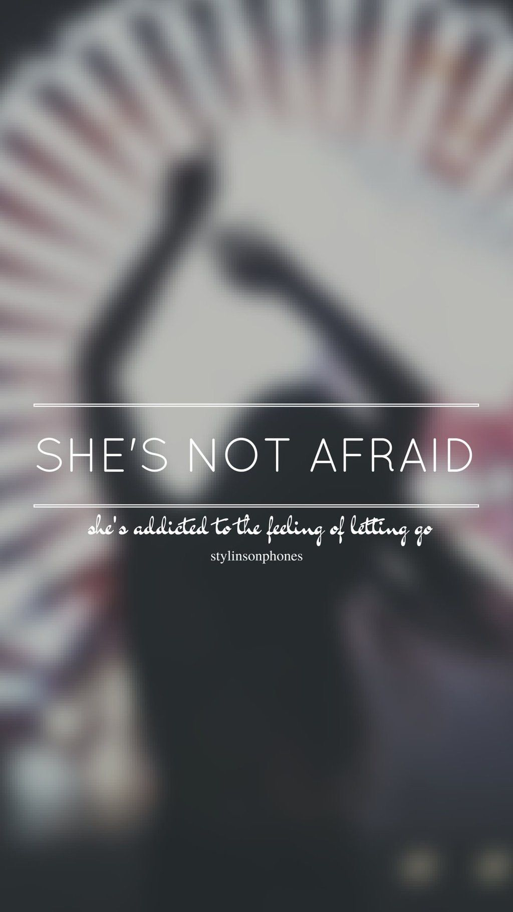 She's Not Afraid // One Direction // ctto: @stylinsonphones (on Twitter) #onedirectionbackground